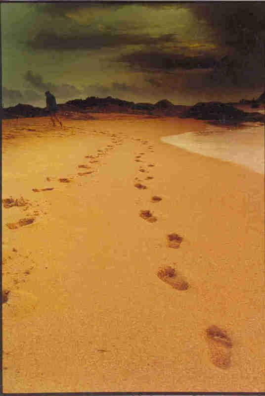 http://www.diakonima.gr/wp-content/uploads/2009/01/footprints.jpg