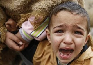 gaza-child-crying