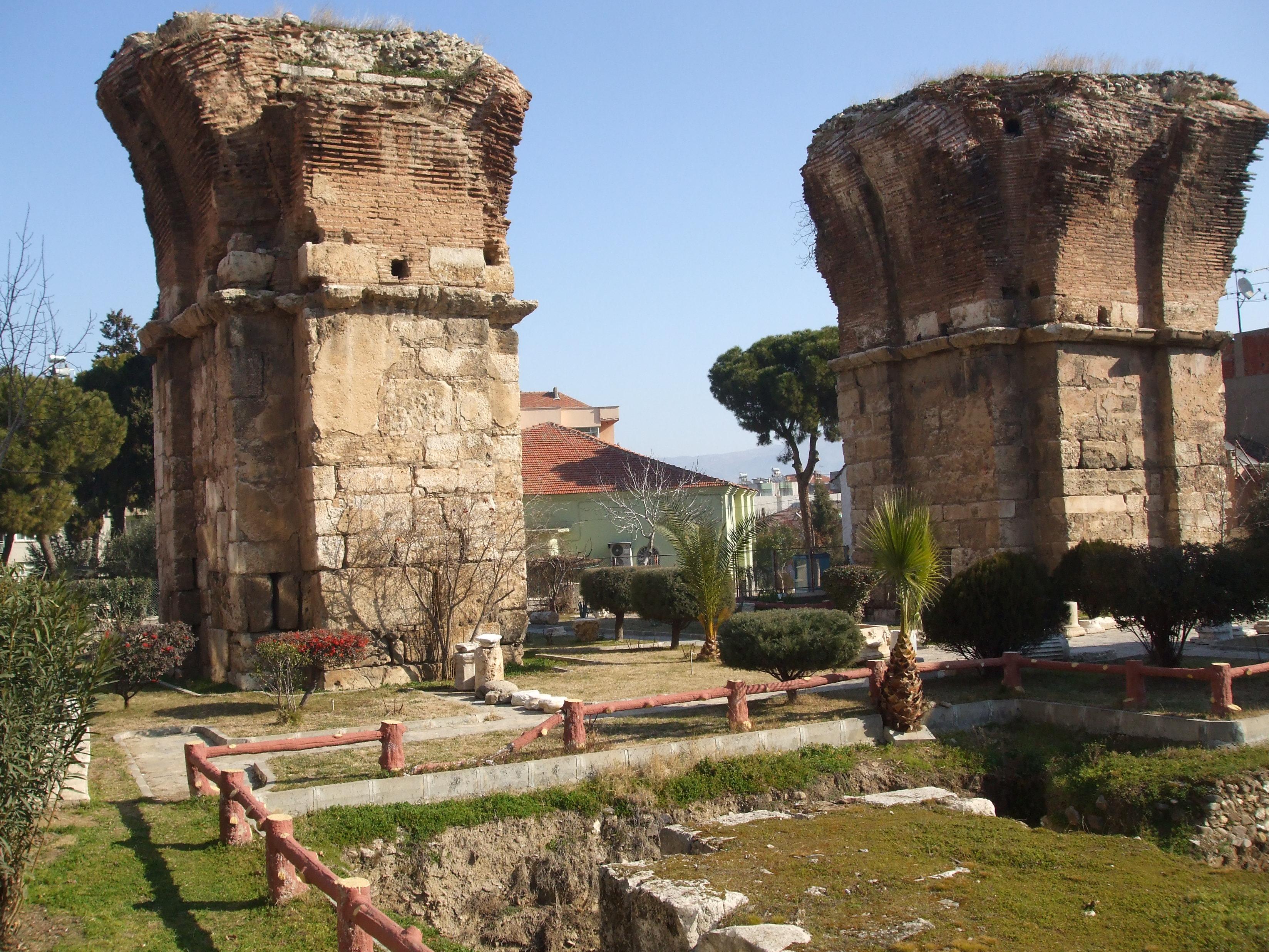 Ερείπεια του βυζαντινού ναού του αγίου Ιωάννη στην Φιλαδέλφεια (περ. 600 μ.Χ.).