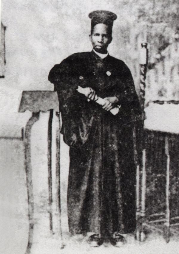 Mupadri Mkubwa na Mzee Ovadia,alikuwa mtafutadji la Imani Lakunyoloka, Nkamboyake ya Askofu  Kampala Yona.Alitangaza Kiorthodoksi Uganda, Kenya mpaka  Tanzania.Baada alikuwa Mwenyeuganda(1895-1985)