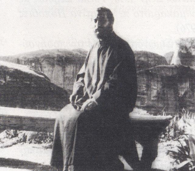 Στο τέλος του 1961 ο μητροπολίτης Τρίκκης και Σταγών Διονύσιος κατέστησε τον Γ Αιμιλιανό ηγούμενο τον Μεγάλου Μετεώρου. Στην φωτογραφία δ Γέροντας στο κιόσκι ϊής Μονής (1963).