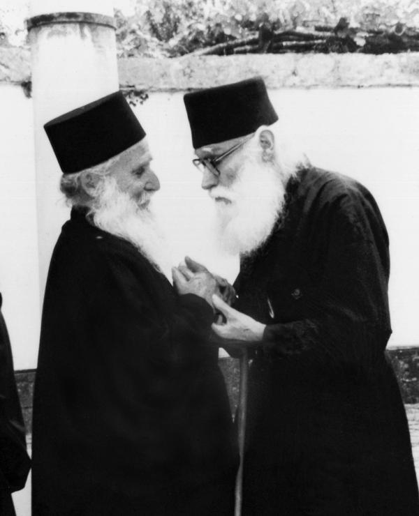 Μία μεγάλη και ιδιαίτερη πνευματική αγάπη συνέδεε τον Γέροντα Ιωσήφ με τον Γέροντα Εφραίμ Κατουνακιώτη