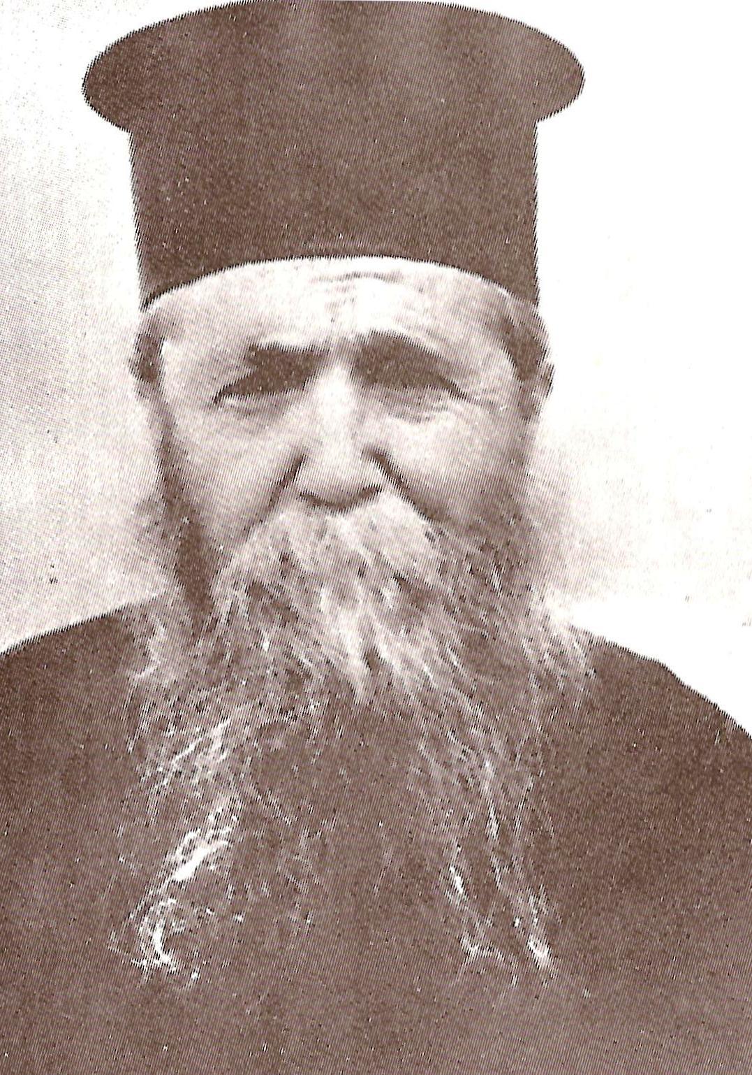 Ο μακαριστός Γέροντας Ιερώνυμος της Αίγινας, ο οποίος υπήρξε ο πρώτος εν Χριστώ διαδάσκαλος του μακαρίου Γέροντα Αρσένιου του Σπηλαιώτου και Ησυχαστού.