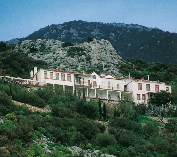 Το Ιερό Ησυχαστήριο της Μοναστικής Αδελφότητος Δανιηλαίων στα Κατουνάκια του Αγίου Όρους