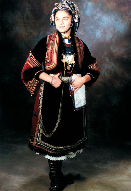 Αλăξίρįα (alăksίrįa), νυφιάτικη στολή