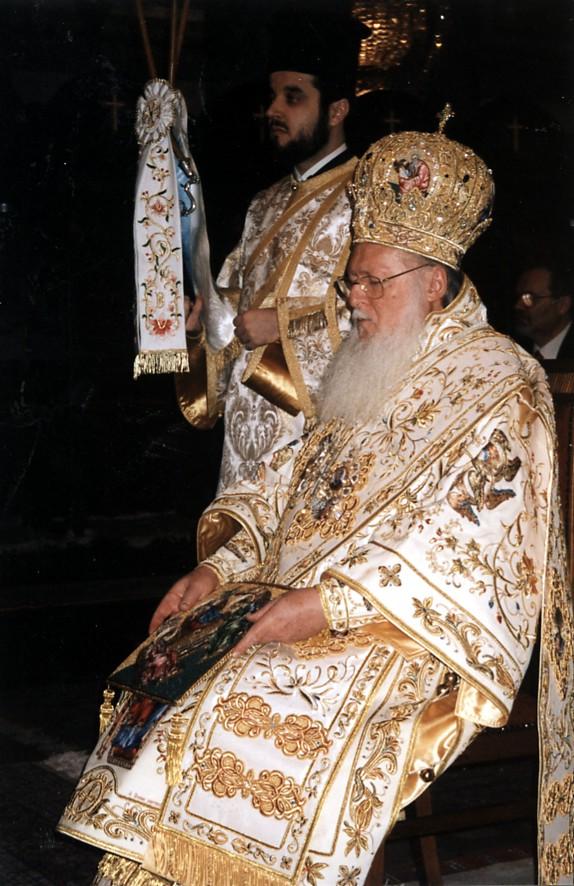 Πατριαρχική Θεία Λειτουργία (Χριστούγεννα 2002)