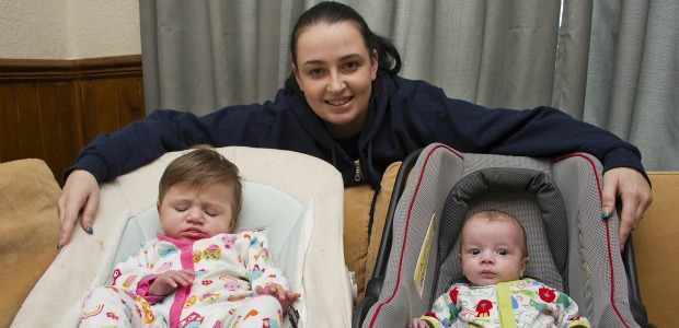 claire-ormrod-with-l-r-babies-alice-and-gareth-683625145