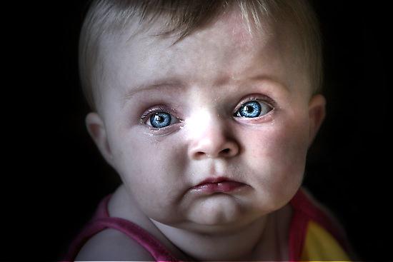 παιδάκι δάκρυα