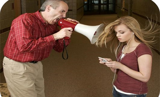 fighting-teens