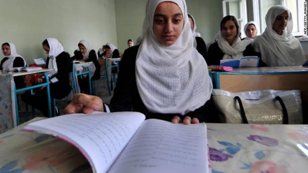 110926062430-suri-afghan-student-story-top