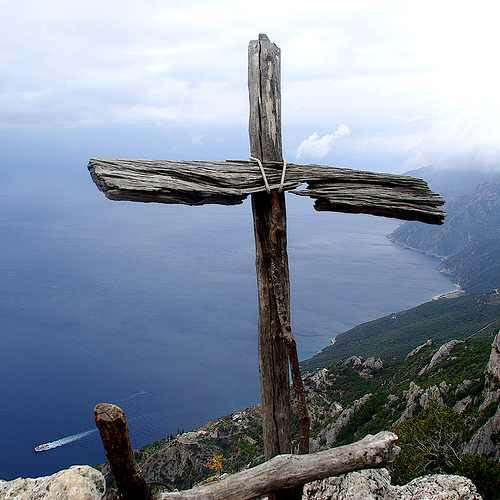Mount-Athos-Wooden-Cross (1)