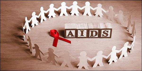 afoplismos_aids600_172014_Hz6043