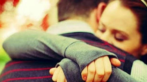 Μια αγκαλιά μόνοβ