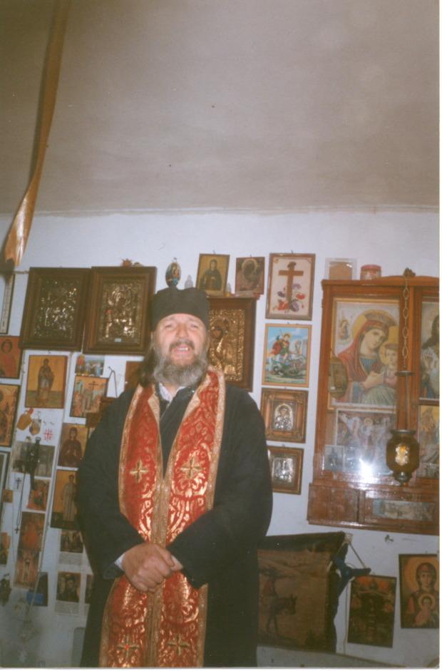 p. Nikolaos Pettas