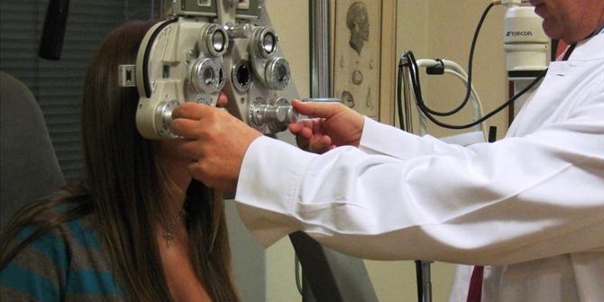 Ο Έλληνας οφθαλμίατρος στον οποίο «υποκλίθηκε» το Harvard- Ίδρυσε έδρα με το όνομά του!