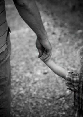 Ο καθοριστικός ρόλος του πατέρα στην ανάπτυξη του παιδιού03