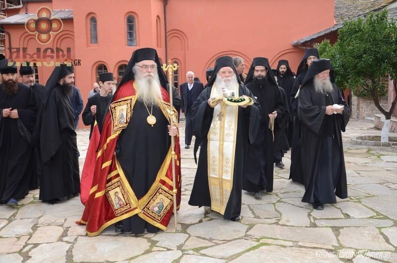 Φωτογραφίες και βίντεο από τη σημερινή πανήγυρη στην Ιερά Μονή Ξενοφώντος Αγίου Όρους04