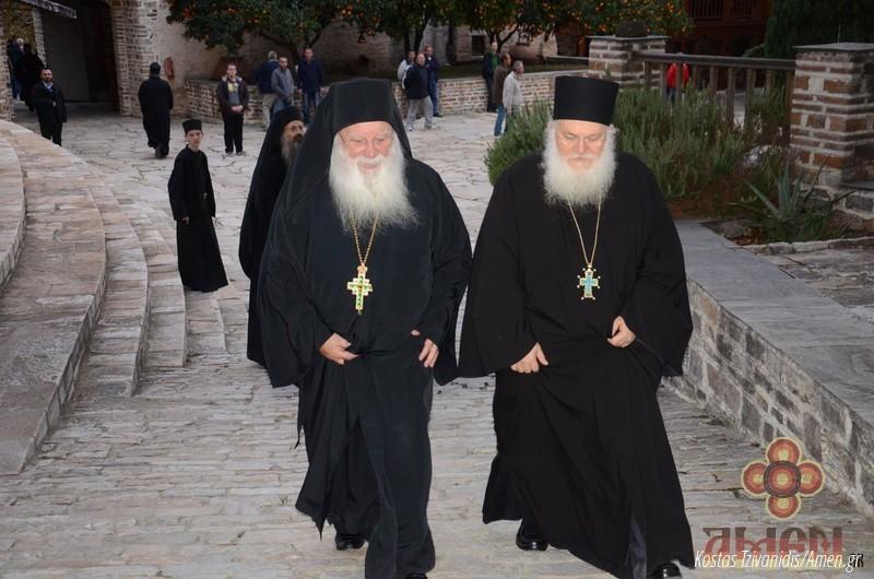 Φωτογραφίες και βίντεο από τη σημερινή πανήγυρη στην Ιερά Μονή Ξενοφώντος Αγίου Όρους09