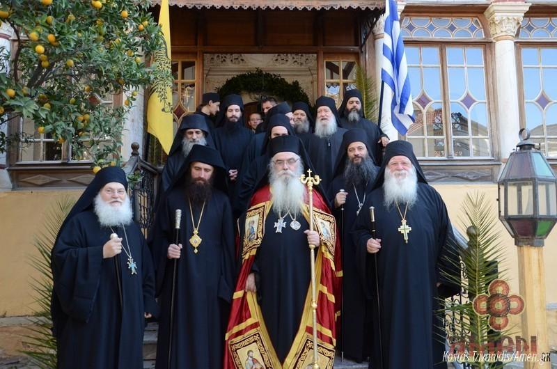 Φωτογραφίες και βίντεο από τη σημερινή πανήγυρη στην Ιερά Μονή Ξενοφώντος Αγίου Όρους29