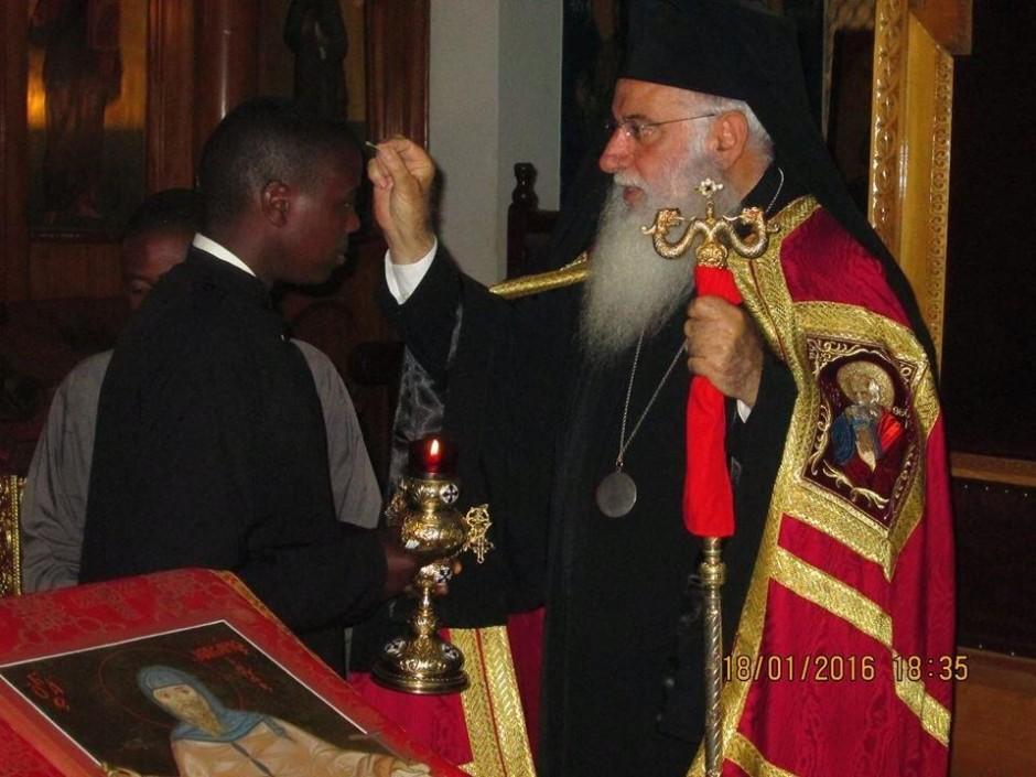 Κατανύκτικος εσπερινός και αρτοκλασία στον ιερό ναό του Αγίου Μακαρίου της Πατριαρχικής Σχολής στο Ναϊρόμπι08