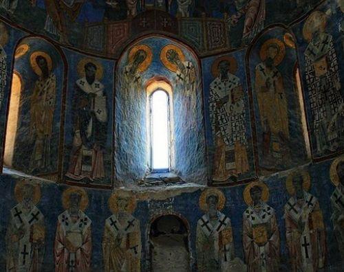 Η στάση στη Θεία Λειτουργία κατά τον ιερό Χρυσόστομο