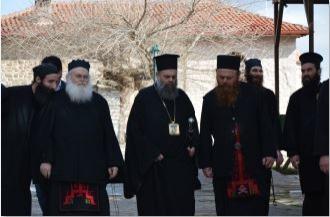 Στήριγμα για τους πολύτεκνους η Ιερά Μονή Βατοπαιδίου11
