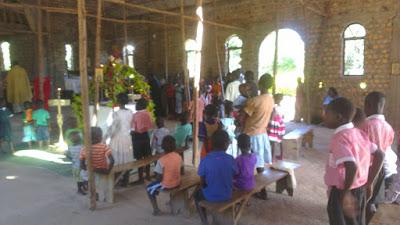 Μεγάλη Εβδομάδα και Πάσχα 2016 στο Λουγκουζί της Ουγκάντας14