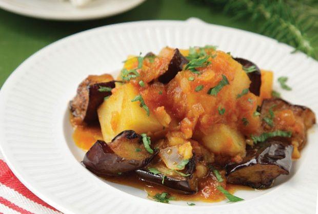 melitzanes-me-patates-giaxni