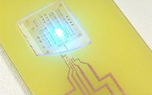 Τα αποτελέσματα της έρευνας αυτής δημοσιεύτηκαν στο Nano Energy και υποδεικνύουν πως «είμαστε στον δρόμο προς wearable συσκευές οι οποίες θα παίρνουν ενέργεια από την ανθρώπινη κίνηση», σύμφωνα με τον Νέλσον Σεπουλβέντα, επίκουρο καθηγητή ηλεκτρολογίας και μηχανολογίας υπολογιστών και επικεφαλής ερευνητή του προγράμματος (φωτ. αρχείου).