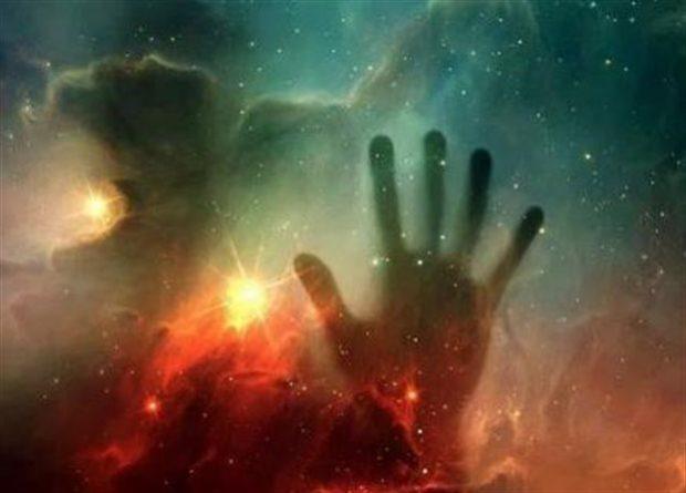 Μυστηριώδη κοσμικά χέρια σπρώχνουν το Σύμπαν σε αντίθετες κατευθύνσεις