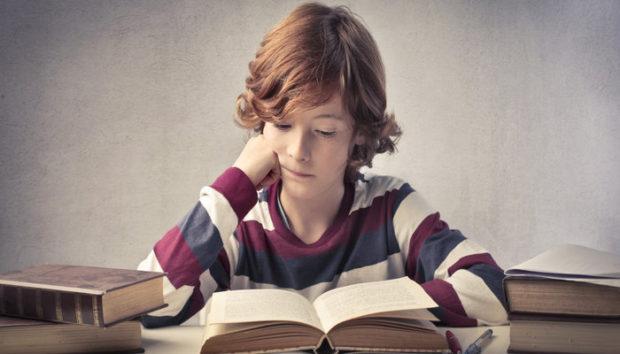 child-reading-