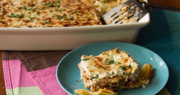 recipe_main_akis-petretzikis-pastitsio-me-ragu-kai-blue-cheese (1)