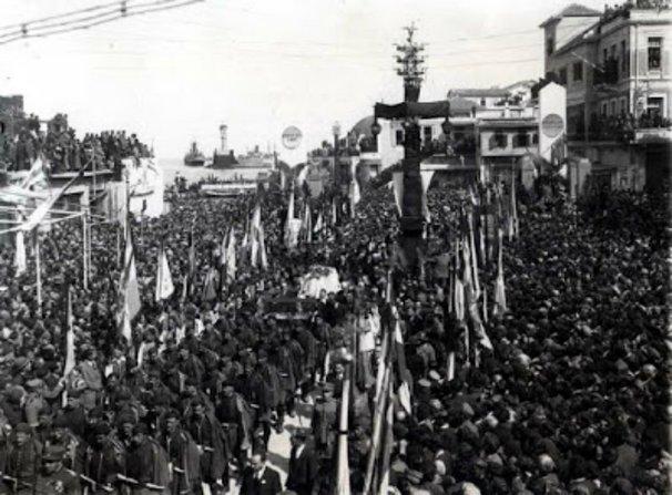 Η μεταφορά της σορού του Ελευθερίου Βενιζέλου στο Ακρωτήρι