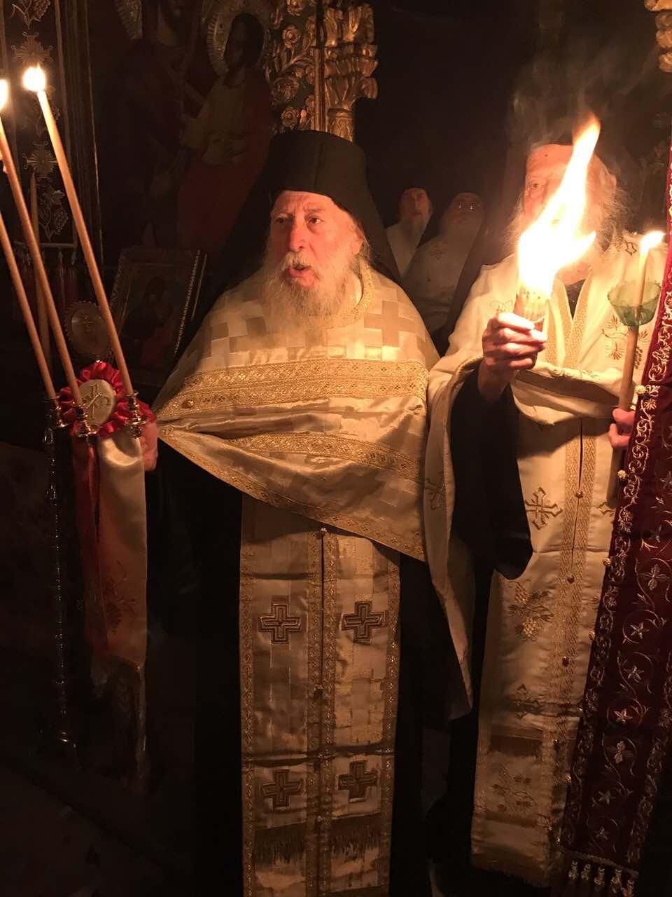 Ακολουθία της Αναστάσεως στη Σκήτη της Αγίας Άννης Αγίου Όρους (2017)