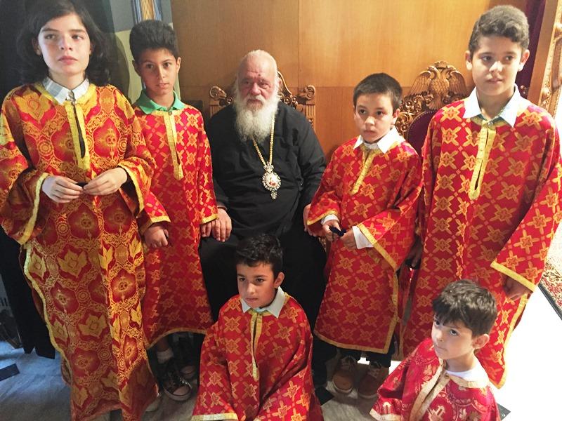 Πολυχρόνιο στον Αρχιεπίσκοπο Αθηνών και πάσης Ελλάδος κ. Ιερώνυμο