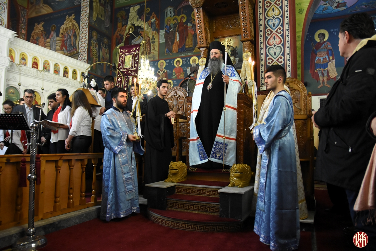Με ευλάβεια και τιμή το Αιγίνιο Πιερίας  υποδέχθηκε την  Εικόνα της Παναγίας Τριχερούσας